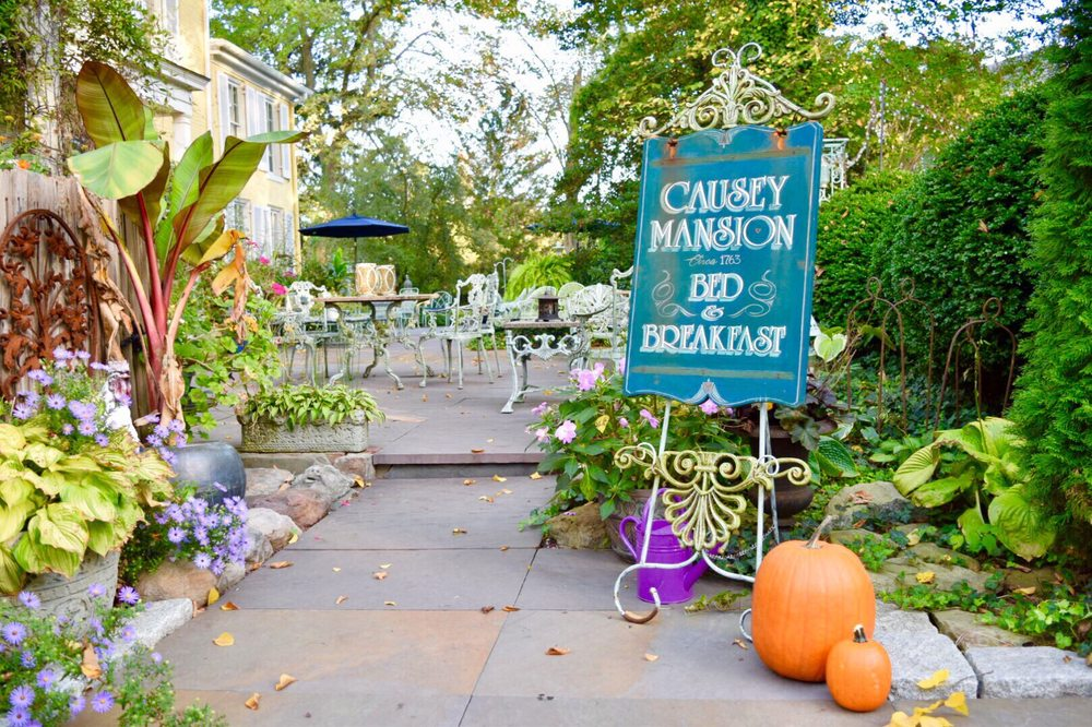 Causey Mansion Bed & Breakfast: 2 Causey Ave, Milford, DE
