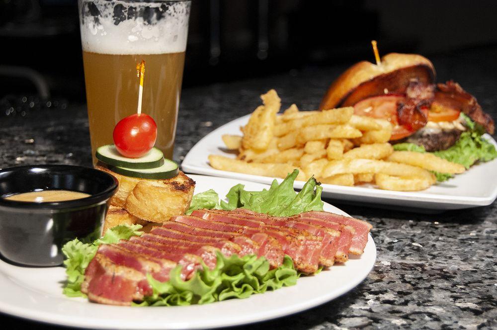 The Pint House Bar and Grill: 265 S Main St, Yuma, AZ