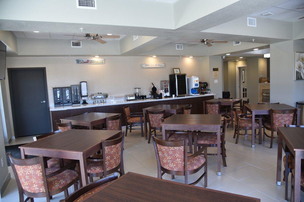 Expo Inn and Suites: 235 W Loop 121, Belton, TX