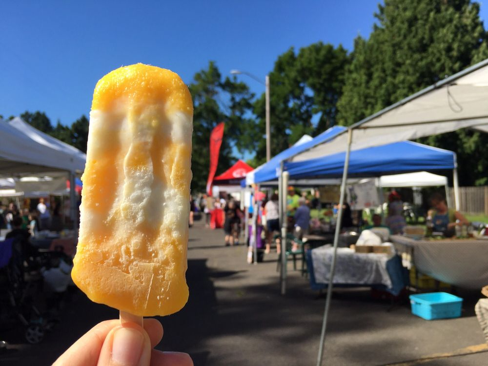 Moreland Farmers Market: SE Bybee Blvd & SE 14th Ave, Portland, OR