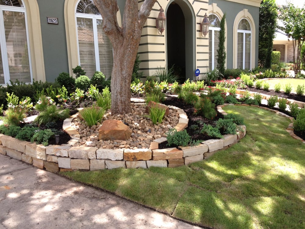 Residential Customers House In Royal Oaks- Flower Beds Mulch Flagstones Landscape Design And ...