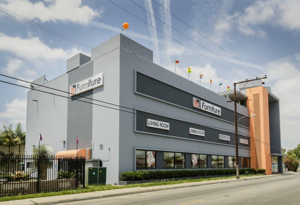 LA Furniture Store - Flagship Design Center