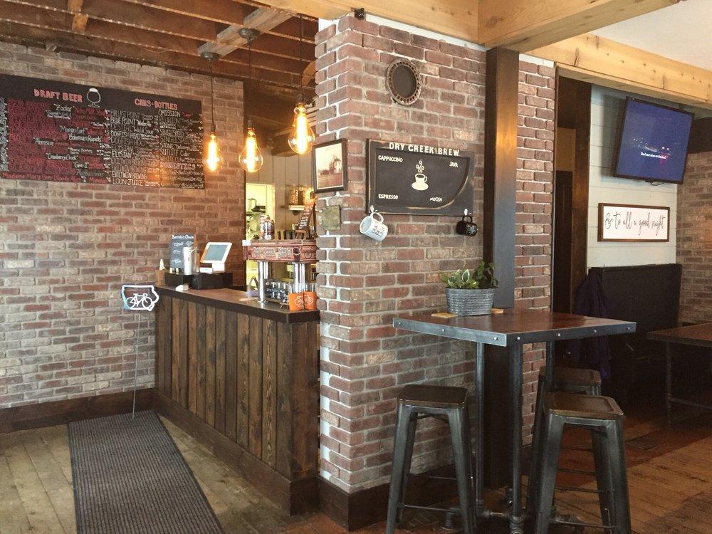Dry Creek Brew: 100 E Main St, Robins, IA