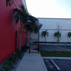 Photo Of Sentry Self Storage   Deerfield Beach   Deerfield Beach, FL,  United States ...