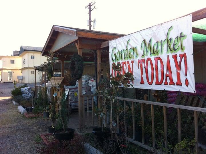 Freeman's Garden Market: 1407 College Blvd, Alva, OK