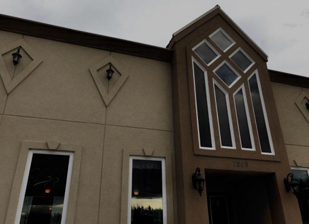 Sloan's Restaurant: 1205 Richardson Hwy, Delta Junction, AK
