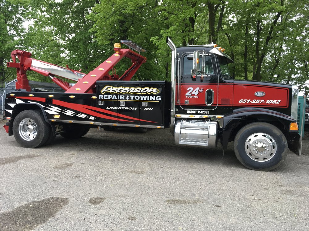 Peterson Repair & Towing: 31322 Lincoln Rd, Lindstrom, MN