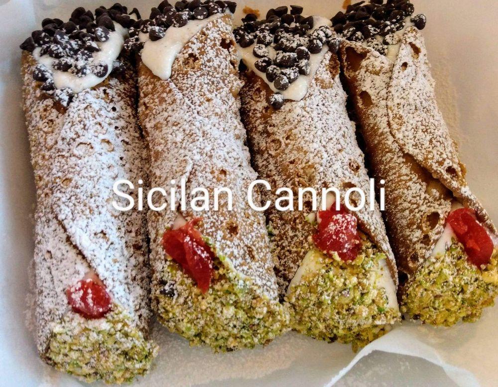 The Italian lady of pinetop Cannoli shack & kitchen: 1641 W White Mountain Blvd, Lakeside, AZ