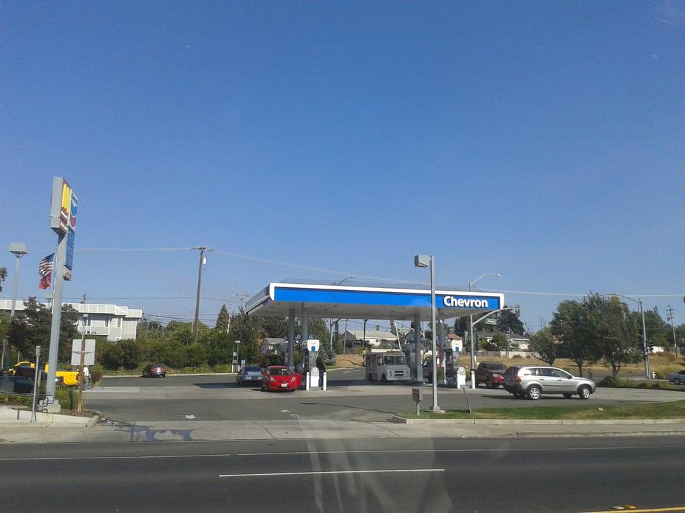 Chevron: 5200 Sonoma Blvd, Vallejo, CA