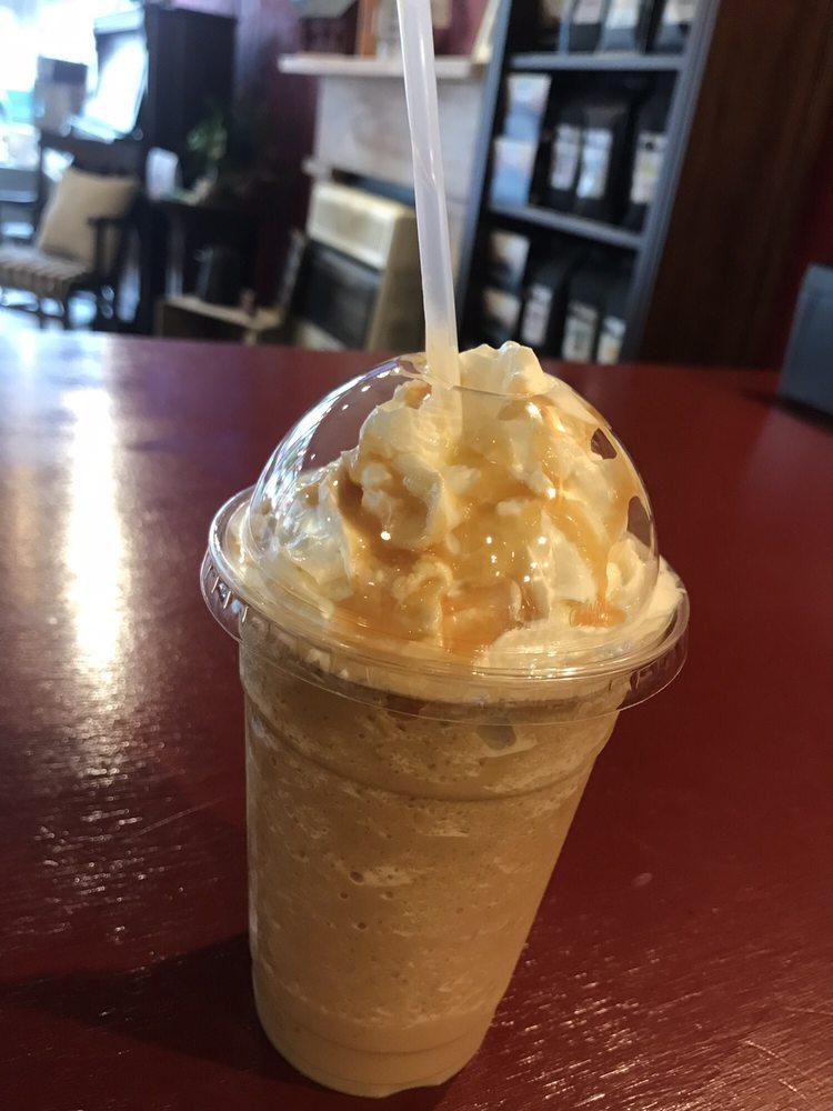 Espresso Yourself Coffee House: 34 W Main St, Grafton, WV