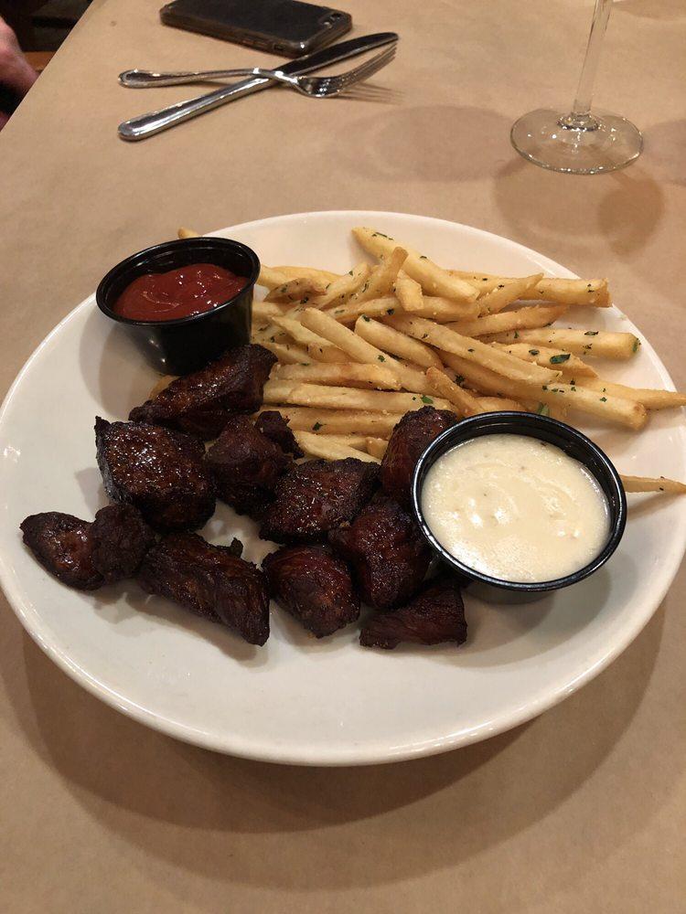 RedRossa Italian Grille: 808 W Sioux Ave, Pierre, SD
