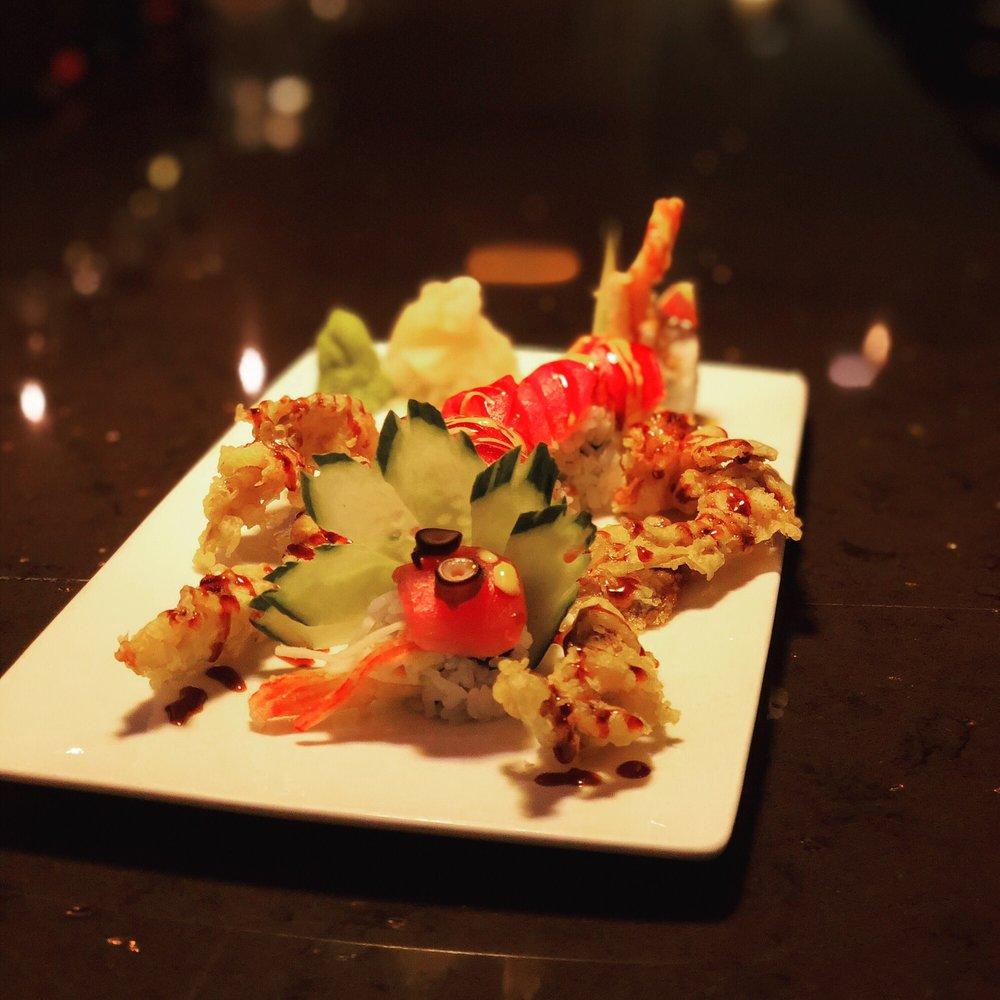 Lemon Grass Thai Cuisine: 8600 Edinburgh Center Dr, Brooklyn Park, MN