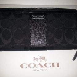 coachoutletfactory x38i  Photo of Coach Factory Store