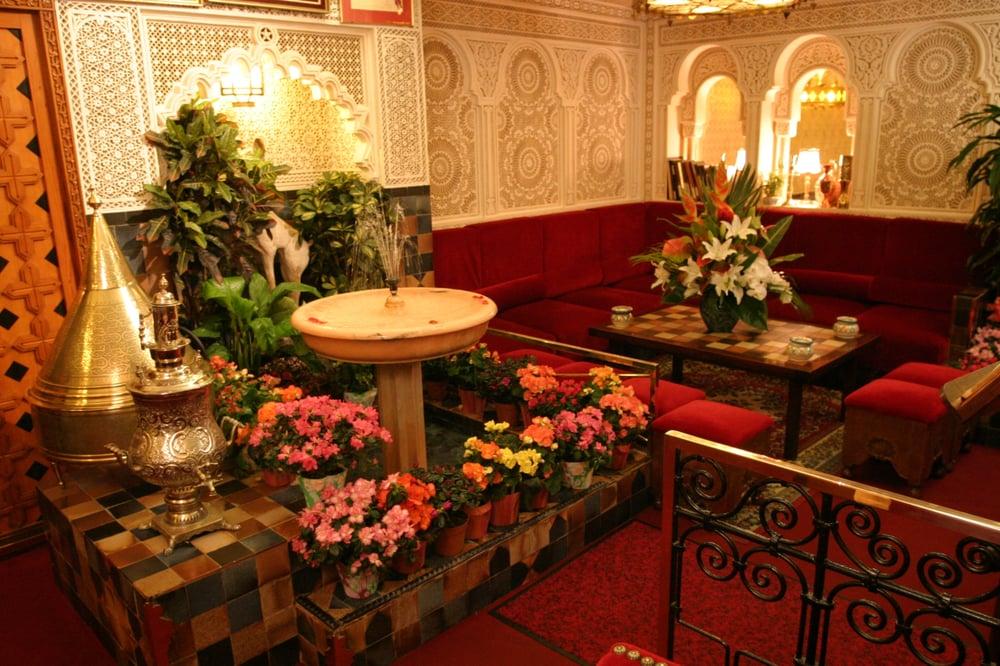 Restaurant Rue Brunel Paris