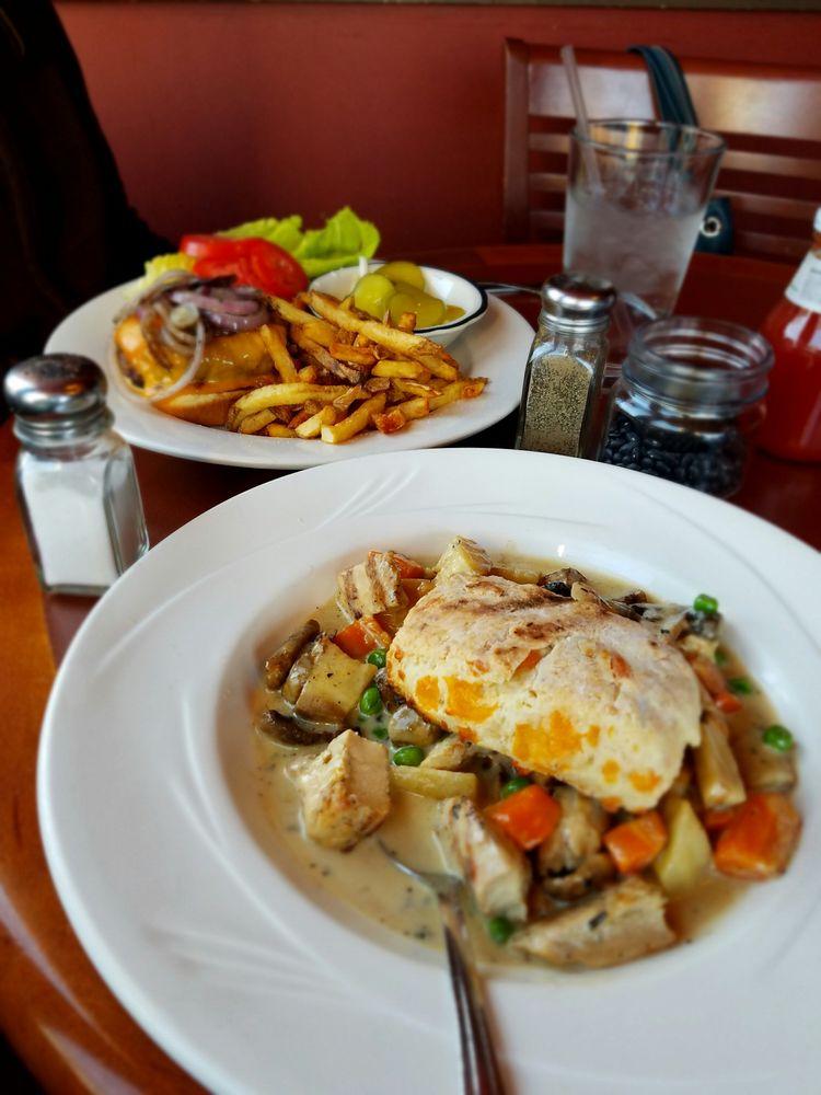 Chatham Grill: 34 Hudson Ave, Chatham, NY