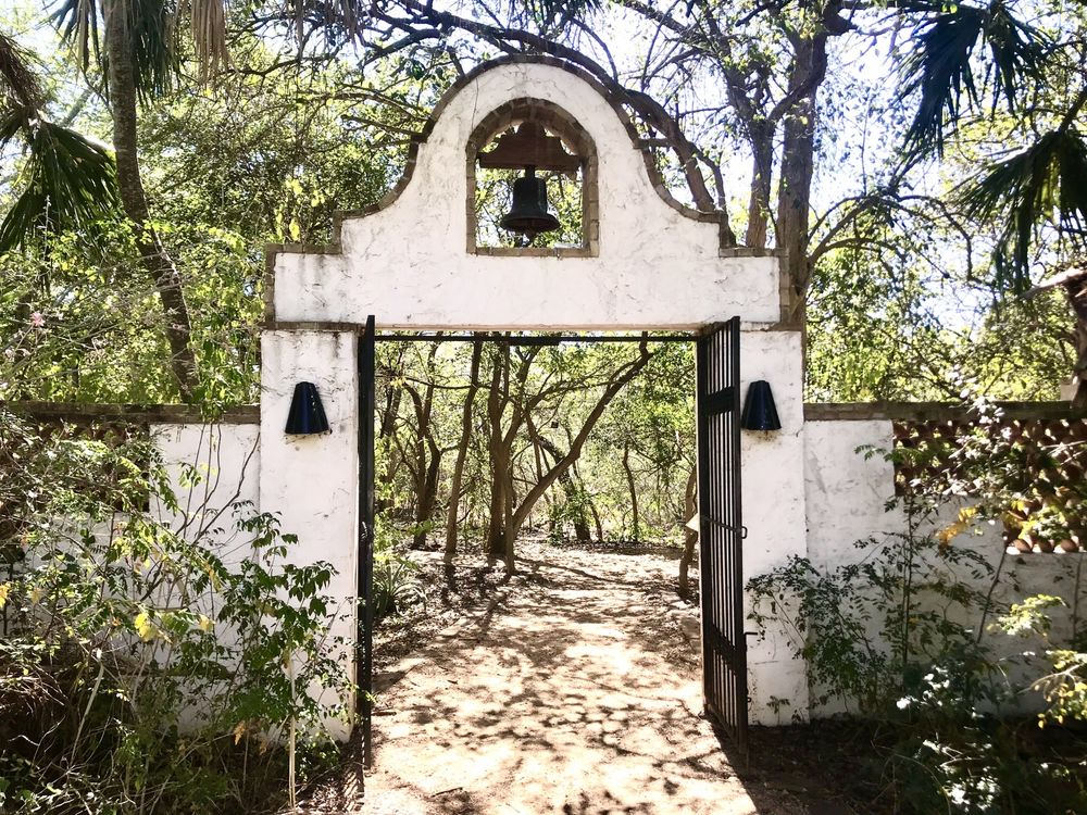 Quinta Mazatlan: 600 Sunset Dr, McAllen, TX