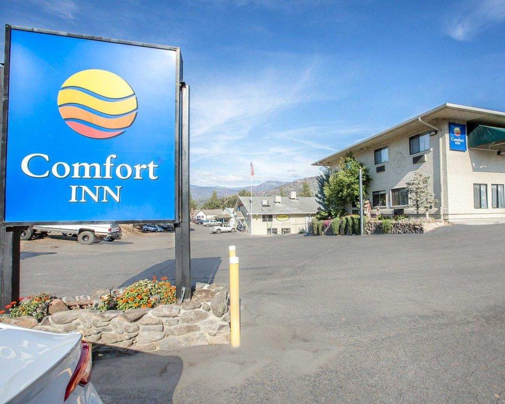 Comfort Inn Yosemite Area - 46 Photos & 91 Reviews - Hotels - 40489 on