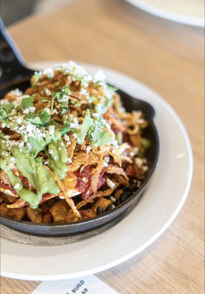 Hash Kitchen: 2855 W Ray Rd, Chandler, AZ