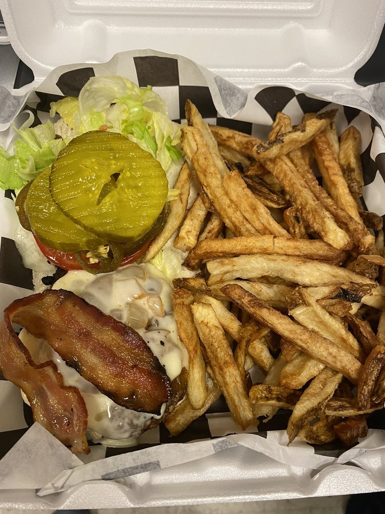 Food from Big Rays Burgers & Dogs
