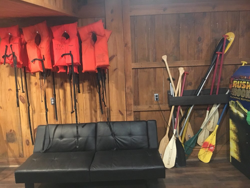 Sycamore Lodge: 1059 Sycamore Ln, Jackson Springs, NC