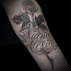 Santa rosa tattoo 60 photos 15 reviews tattoo for Tattoo santa rosa