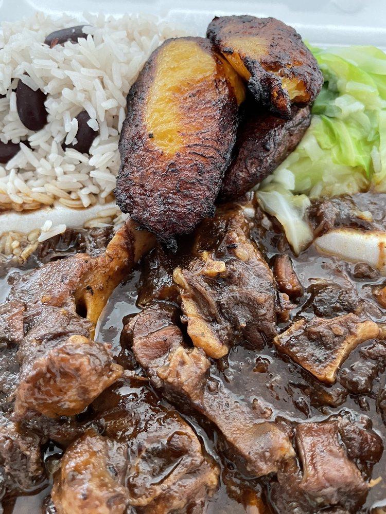 Island Flava Caribbean Bar & Cuisine: 1024 US-80, Pooler, GA