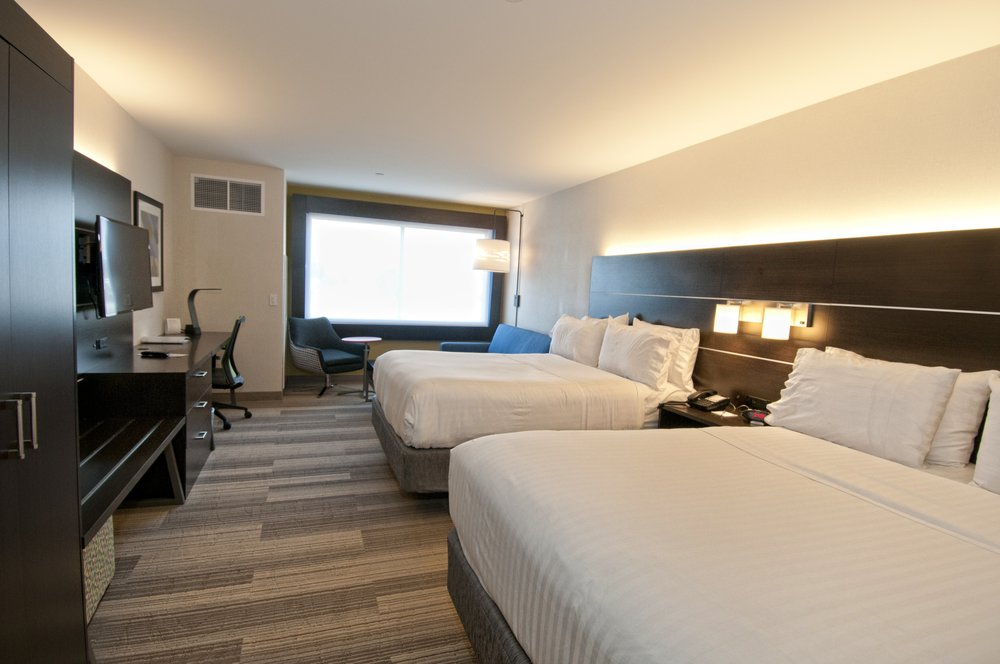 Holiday Inn Express & Suites Johnstown: 1440 Scalp Ave, Johnstown, PA