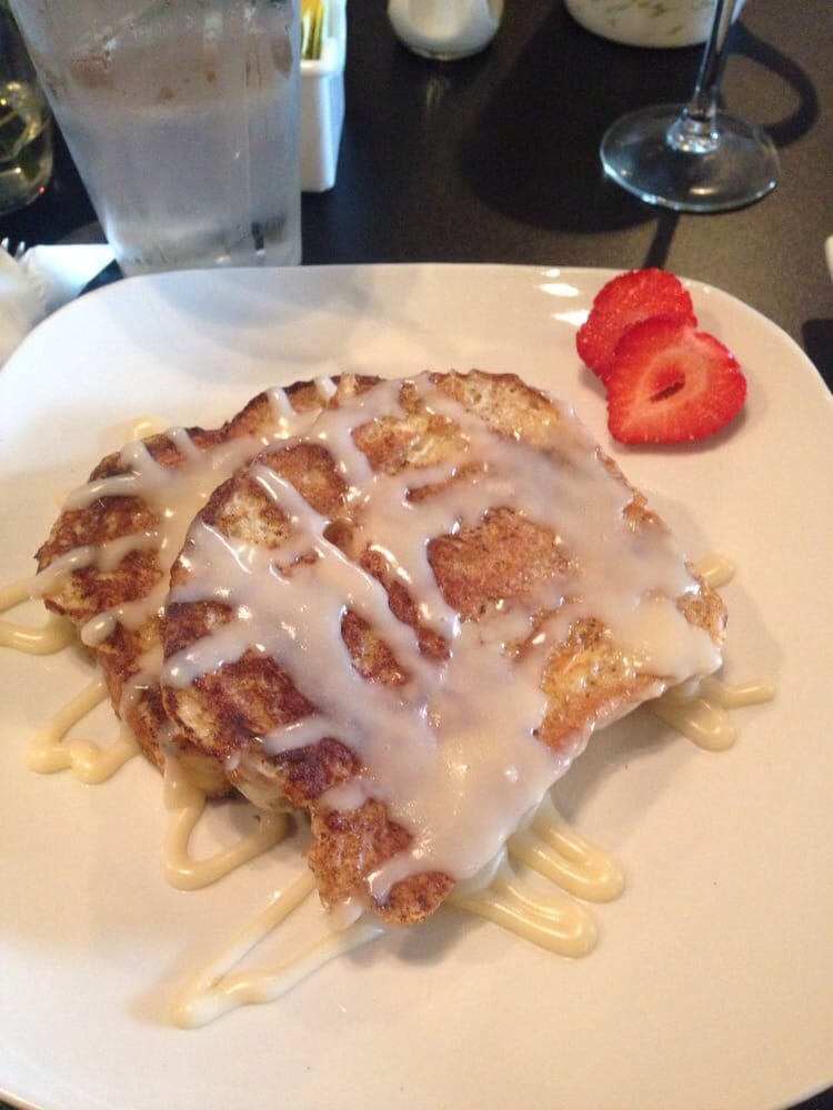 The Cinnabon French Toast Was Absolutely Amazing Best French Toast I 39 Ve Ever Had Yelp