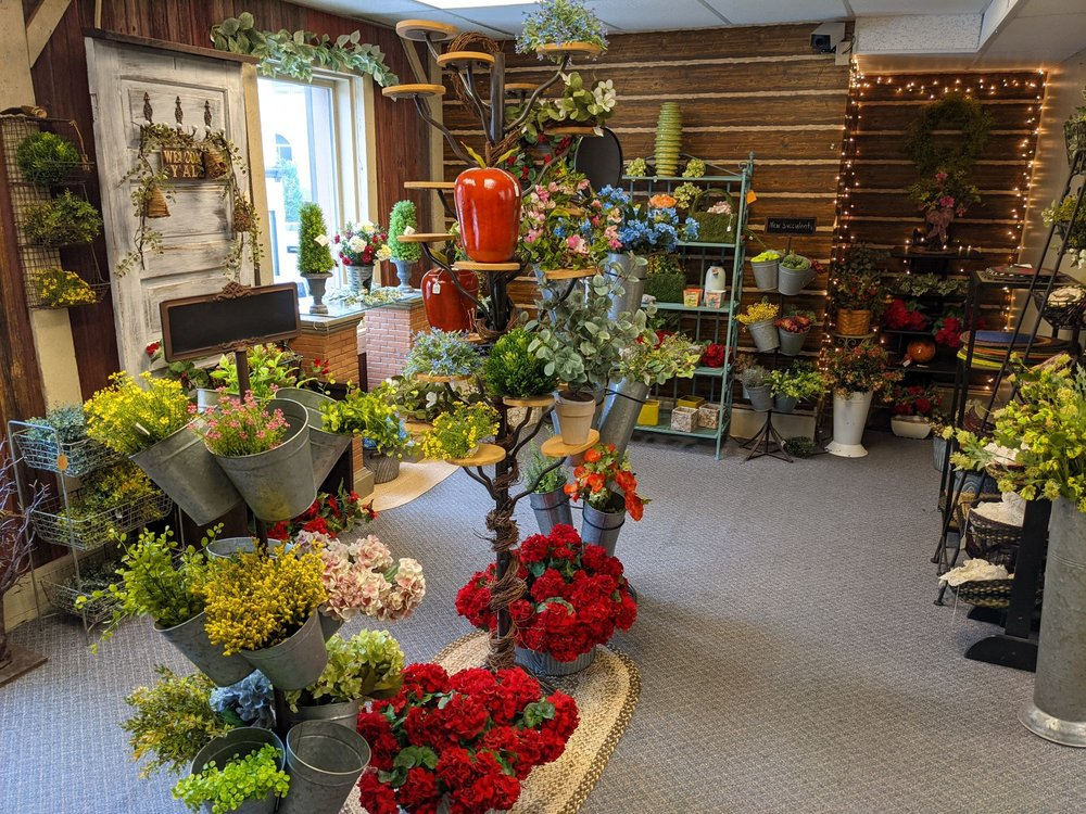 Country Bits and Pieces: 700 Wheeling Ave, Cambridge, OH
