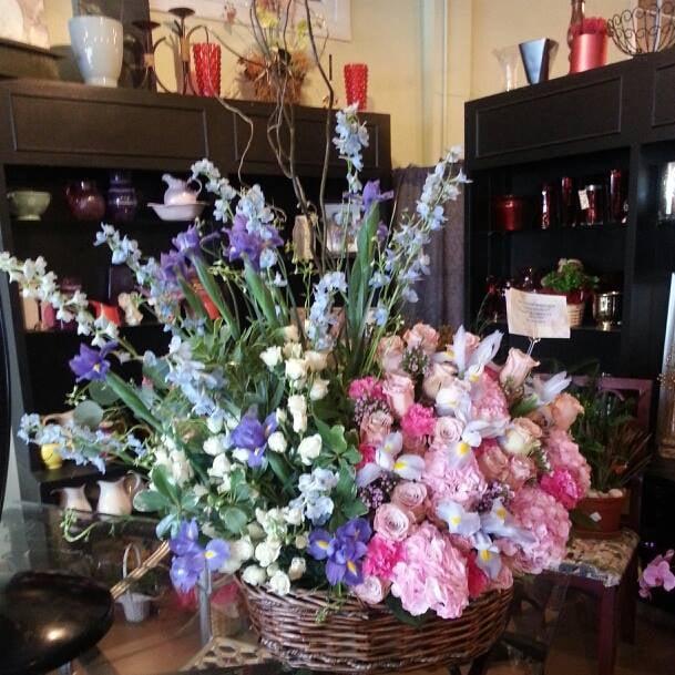 Golden Petal Florist: 513 Clifford St, Corpus Christi, TX
