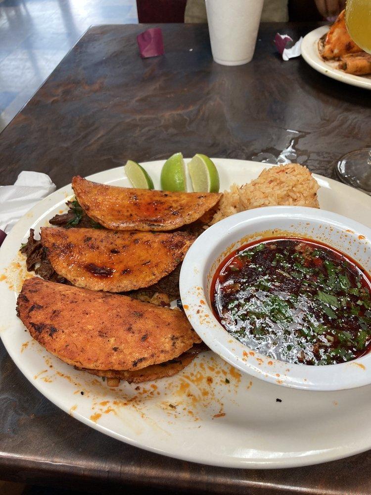 Rinconcito Azteca Bar & Grill: 725 E Lanier Ave, Fayetteville, GA