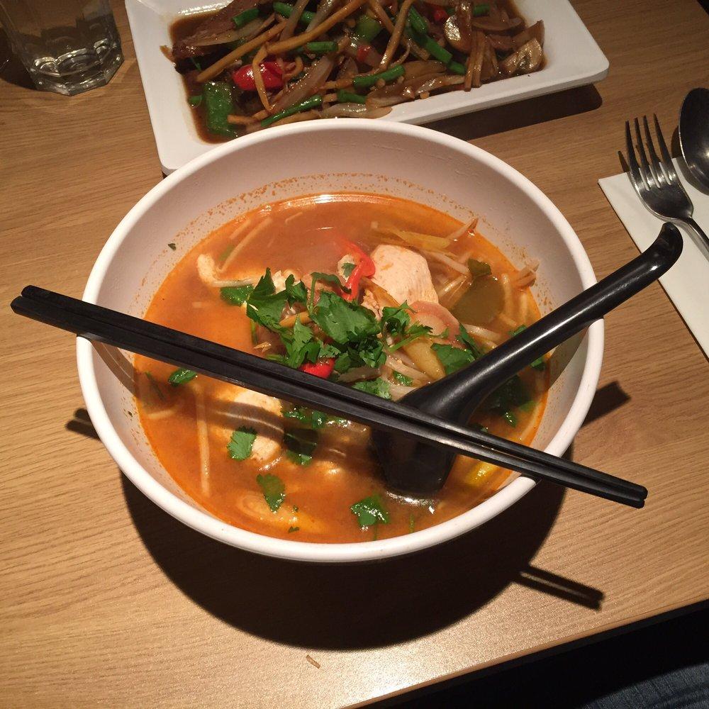 Addie\'s Thai Cafe - 75 Photos & 103 Reviews - Thai - 121 Earl\'s ...