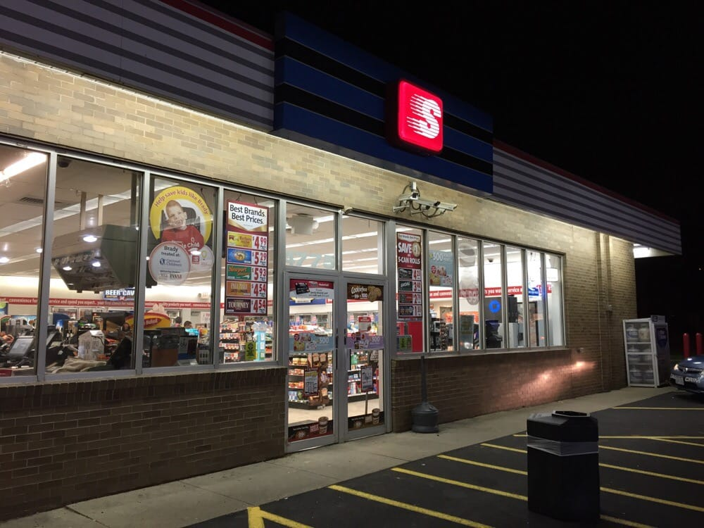 Speedway: 4775 Cornell Rd, Blue Ash, OH
