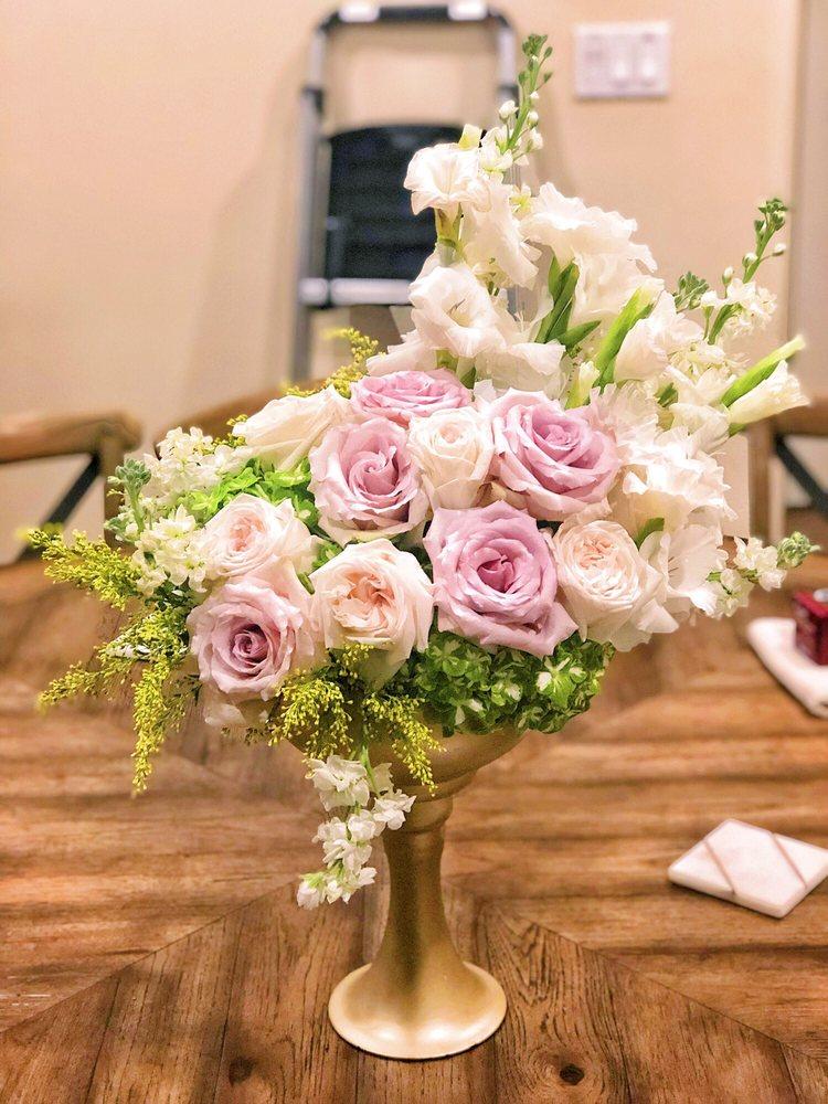 Southern Roots Flower Market: 1407 N Main St, McAllen, TX