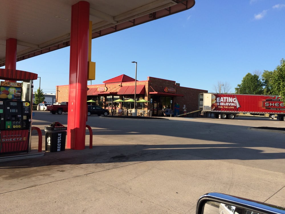 Sheetz: 820 S Eagle Valley Rd, Bellefonte, PA
