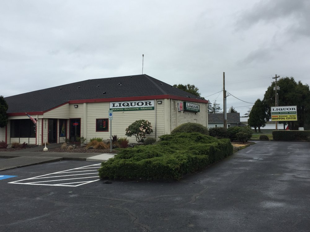 Brookings Liquor Store: 97921 Shopping Center Ave, Harbor, OR
