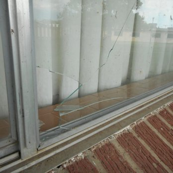 Photo Of Econo Lodge Wakeeney Ks United States Broken External Window
