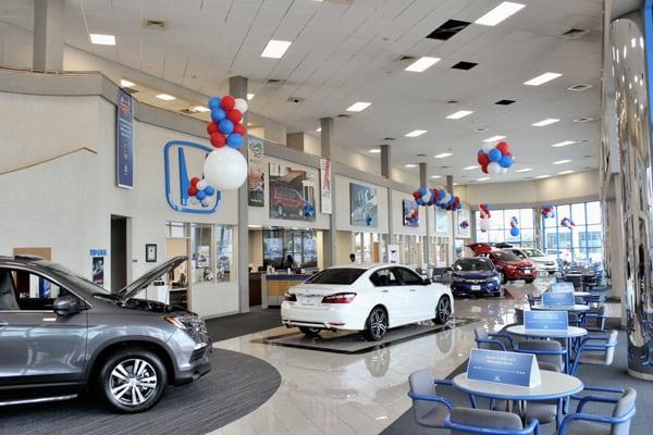 Honda of spring 17350 north freeway houston tx auto for Honda dealership in houston
