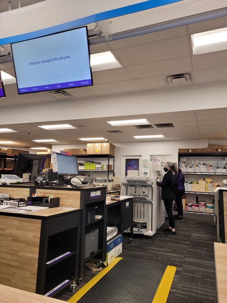 FedEx Office Print & Ship Center: 1354 W Valley Pkwy, Escondido, CA