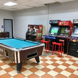 Nellies Homestyle Coin Laundry CLOSED Photos Laundromat - Pool table stores in atlanta ga
