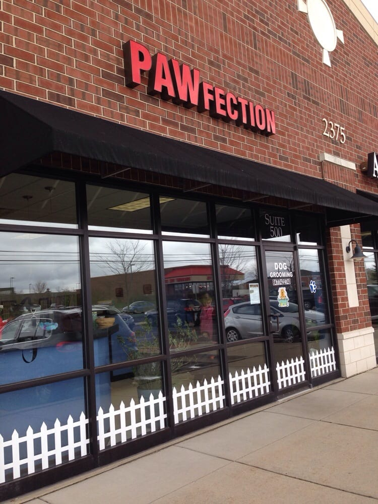 Pawfection Pet Grooming: 2375 Bowes Rd, Elgin, IL