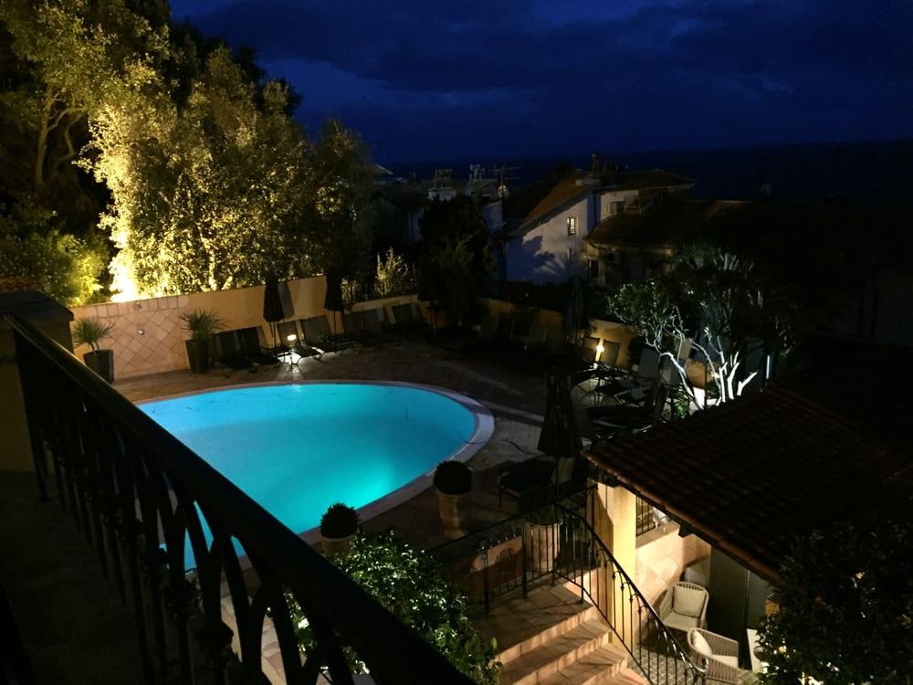 La piscine de l 39 h tel la p rouse yelp for Hotel piscine nice