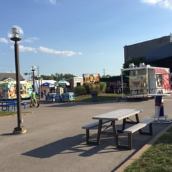 Hollywood casino amphitheatre in maryland heights mo