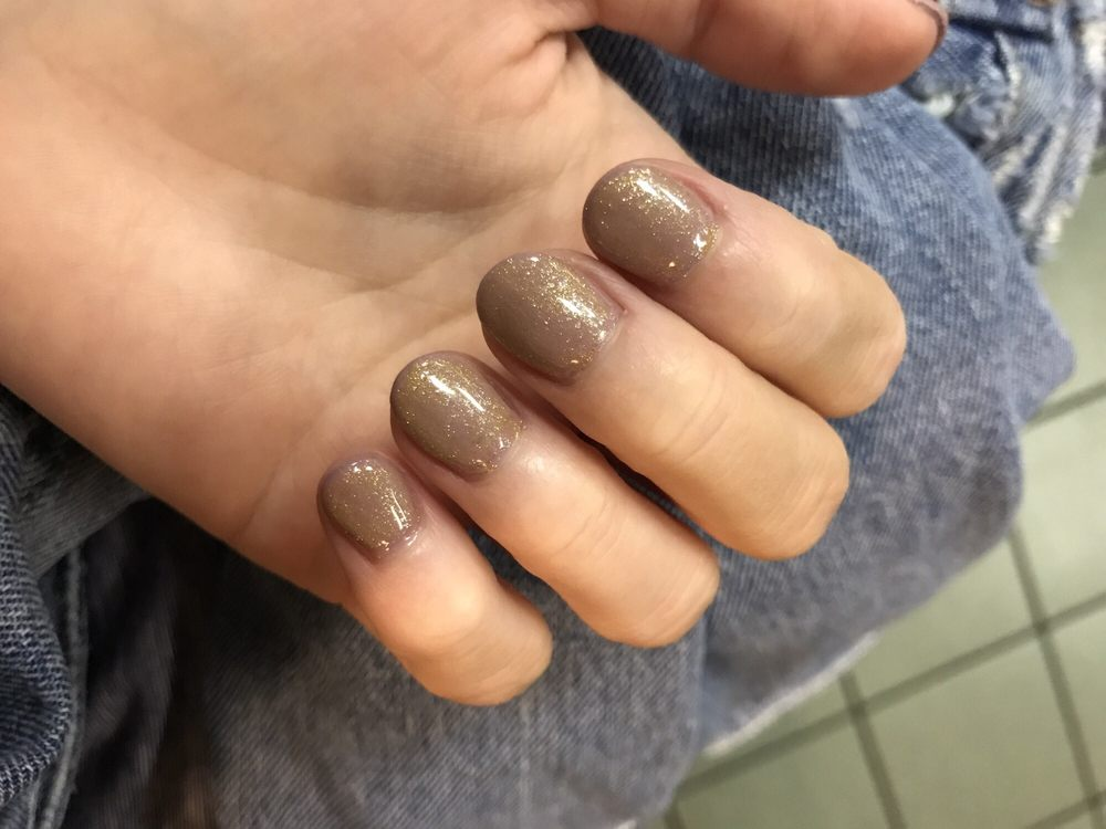 Horrible $40 gel nails by Tammy. Thick and ugly. - Yelp