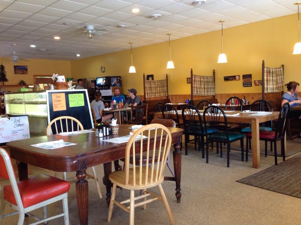 Amelia's Cafe & Bakery: 7523 Main St, Danbury, WI