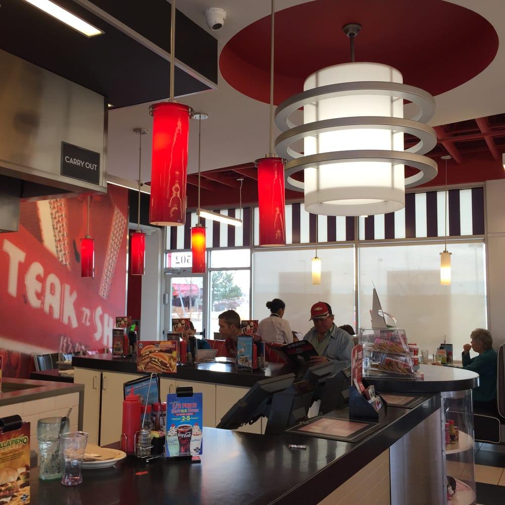 Restaurants Near Sheridan Drive