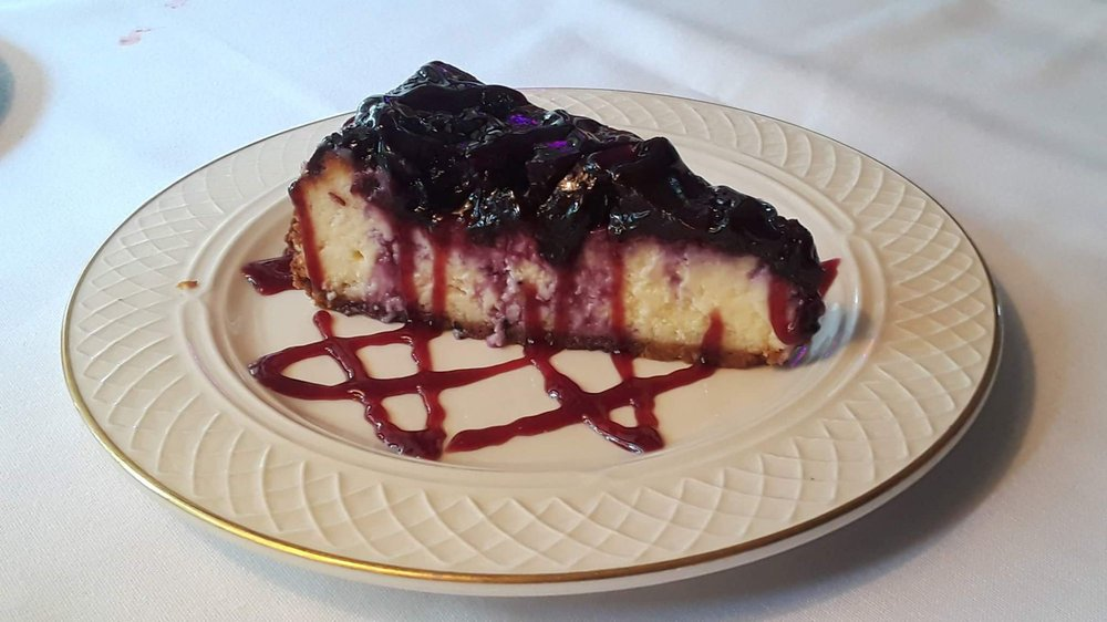 Kascade Steakhouse: 988 S Country Club Rd, Carthage, MO