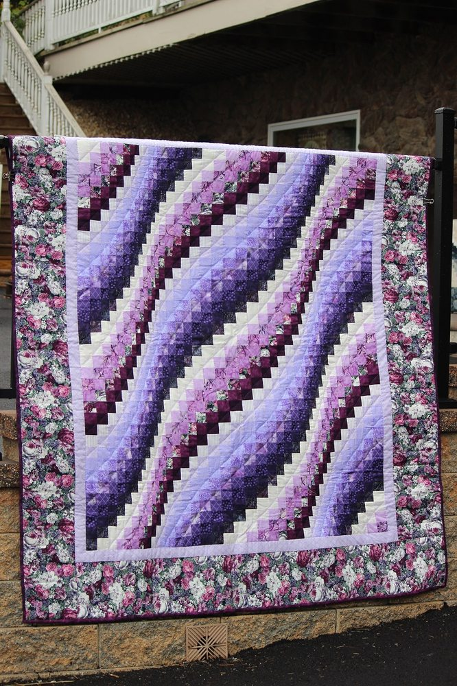 Family Farm Quilts: 3511 W Newport Rd, Ronks, PA