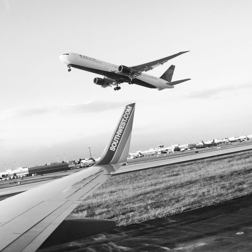 Hartsfield Jackson Atlanta International Airport: Take-offs & Landings Travelers In Constant Motion World's