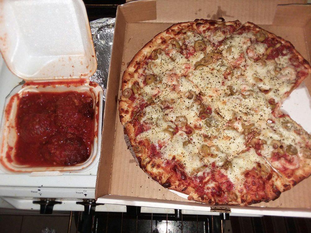 Untouchables Pasta & Pizza: 1150 Clearwater Largo Rd N, Largo, FL